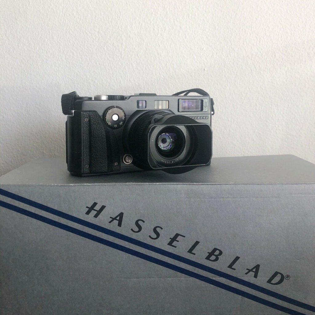 XPan: Hasselblad XPan 35mm